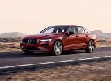 Volvo S60 vs Lexus IS. Dwa ciekawe modele z segmentu D premium