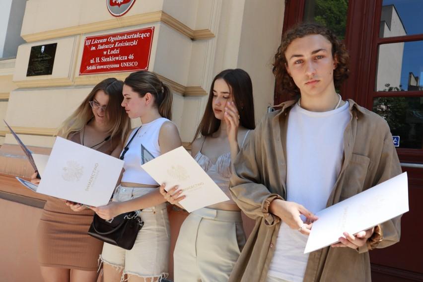 Maturzyści 2021 poznali wyniki egzaminów 5 lipca. Na zdj....