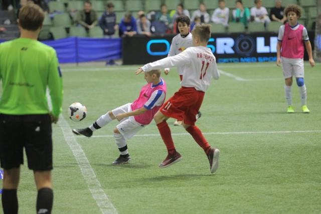Lech Cup, w którym grają młodzi piłkarze odbędzie się tym razem w hali UAM na Morasku