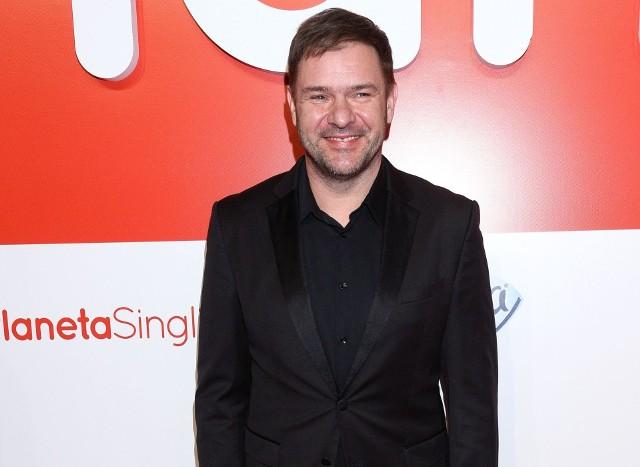 Tomasz Karolak pochodzi z Radomia, właśnie pracuje na planie serialu TVN.