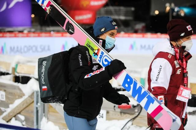 Wielka Krokiew w Zakopanem robi imponujące wrażenie. Polacy w konkursie drużynowym zajęli drugie miejsce Zobacz kolejne zdjęcia. Przesuwaj zdjęcia w prawo - naciśnij strzałkę lub przycisk NASTĘPNE