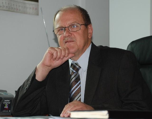 """Stanisław Nowak, prezes Portu Lotniczego """"Rzeszów-Jasionka"""": prognozy na rok 2010 skłaniają do optymizmu."""