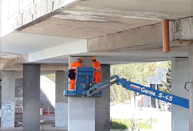 Remont wiaduktu na ulicy Kowalskiej we Wrocławiu.