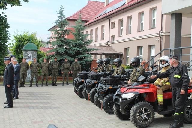Patrole Wojsk Obrony Terytorialnej i strażacy - ochotnicy z Odrzywołu będą patrolować lasy.