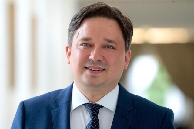 Nowy Rzecznik Praw Obywatelskich prof. Marcin Wiącek złożył ślubowanie w Sejmie
