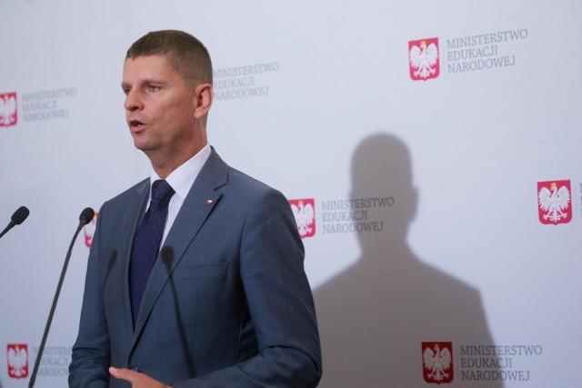 Zajęcia lekcyjne skrócone do 30 minut. Ministerstwo Edukacji Narodowej wprowadza zmiany w funkcjonowaniu polskich szkół