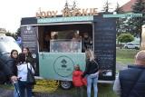 Food trucki zawitały do Krosna Odrzańskiego. Ruszył Festiwal Smaków Świata! Jedzenia różnego typu będzie można próbować przez cały weekend