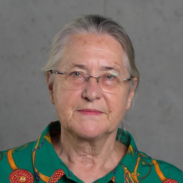 Prof. Hanna Kóčka-Krenz w latach 1999-2015 prowadziła badania na terenie Ostrowa Tumskiego w Poznaniu