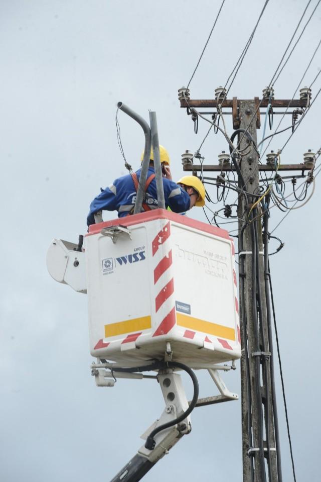 Brak prądu po wichurze we Wrocławiu - zdjęcie ilustracyjne