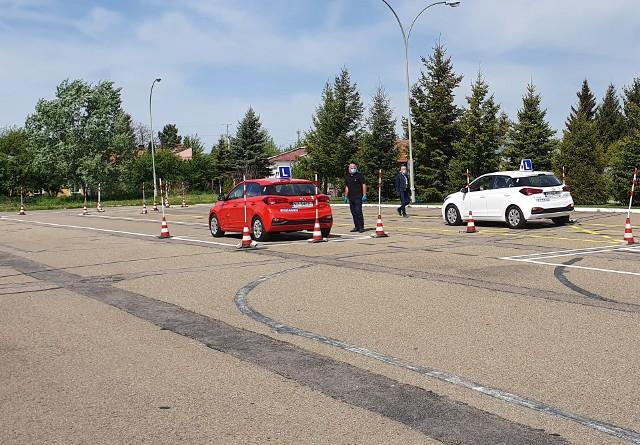 W Wojewódzkim Ośrodku Ruchu Drogowego w Przemyślu ruszyły dzisiaj egzaminy na prawo jazdy.