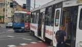Wykolejenie i awaria tramwaju MPK we Wrocławiu. Pasażerowie znów mają problem