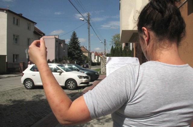 Mimo że od nocy spędzonej w mieszkaniu przy ulicy Grunwaldzkiej w Kielcach minęło już 10 dni to ślady po ukąszeniach pluskiew nadal są widoczne na rękach 27 - leniej kielczanki, Pauliny.