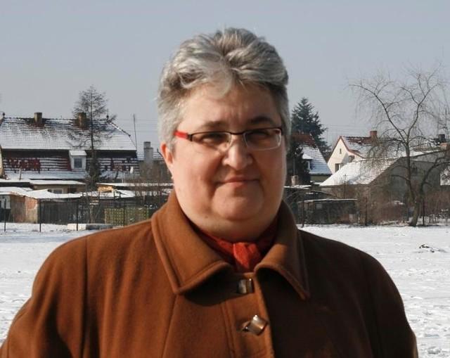 - Cieszymy się, że zaniedbany plac obok szkoły zostanie doskonale zagospodarowany - mówi dyrektor SP 3 Katarzyna Wojtkowiak.