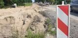 Wstrzymano prace przy budowie drogi Porosły - Krupniki. Znaleziono szczątki, prawdopodobnie ludzkie [ZDJĘCIA]