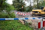 Niewybuch na os. Kaliny w Szczecinie. Straż miejska i policja patrolują obszar