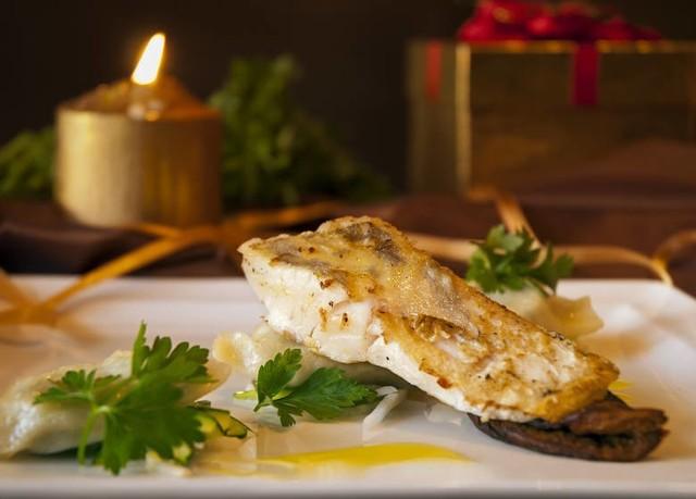 Nie macie pomysłu na wigilijne ryby? Zobaczcie przepisy na rewelacyjne ryby na świąteczny stół.
