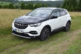 Opel Grandland X Hybrid4 1.6 Turbo A8 300KM 520 Nm AWD. Test mocnej hybrydy plug-in