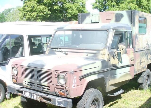 Sprzęt wojskowy na przetargu AMW.Tym razem na sprzedaż sprzęt wystawił oddział AMW w Warszawie i trzeba jasno powiedzieć, że jest to jedna z najbardziej atrakcyjnych ofert ostatnich miesięcy. W sprzedaży pojawiły się liczne pojazdy - autobusy, samochody ciężarowe.Zobacz kolejne zdjęcia. Przesuwaj zdjęcia w prawo - naciśnij strzałkę lub przycisk NASTĘPNE