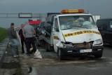 Wypadek na A4. Zderzenie tira z lawetą koło Kostomłotów (ZDJĘCIA)