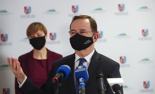 Wyniki kontroli w szpitalu Klinicznym Szpitalu nr 1 w Rzeszowie przedstawił dziś marszałek Władysław Ortyl.