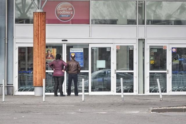 12 listopada wolny od pracy? Kto i tak będzie musiał pracować? Czy sklepy będą otwarte?