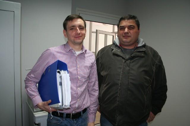 Piotr Podolecki (z lewej) i Wojciech Sienicki kierowali związkiem zawodowym w mleczarni. Dziś już nie pracują