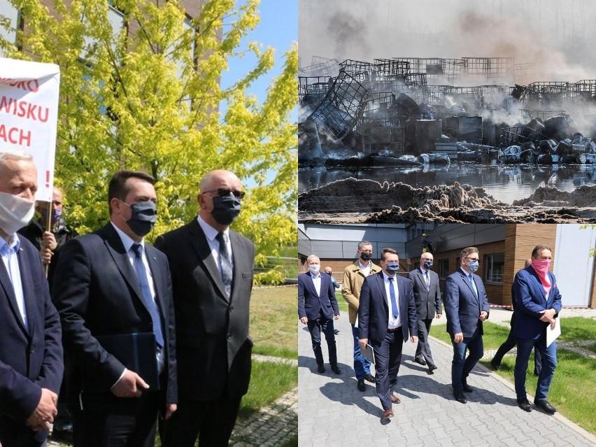 Zdjęcie z pogorzeliska w Nowinach oraz konferencji prasowej po środowym spotkaniu władz w Starostwie Powiatowym w Kielcach.