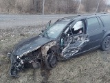 Wypadek na S1 w Mierzęcicach. TIR zderzył się z samochodem osobowym i zablokował przejazd