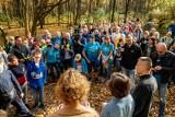 Jesienna edycja porządkowania lasu białostockim w Zwierzyńcu (wideo, zdjęcia)