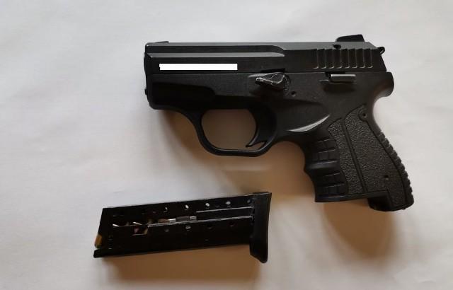 39-latek przyłożył sąsiadowi broń do głowy!