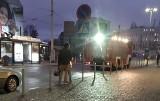 Wypadek w Gdyni 6.01.2021. Mężczyzna wpadł pod pociąg na stacji Gdynia Główna