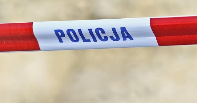 W środę, 10 marca w Kożuchowie w jednym z mieszkań znaleziono ciało kobiety. W związku ze sprawą zatrzymano męża zmarłej