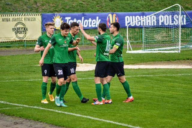 Piłkarze Stali zanotowali ważne zwycięstwo z Chełmianką