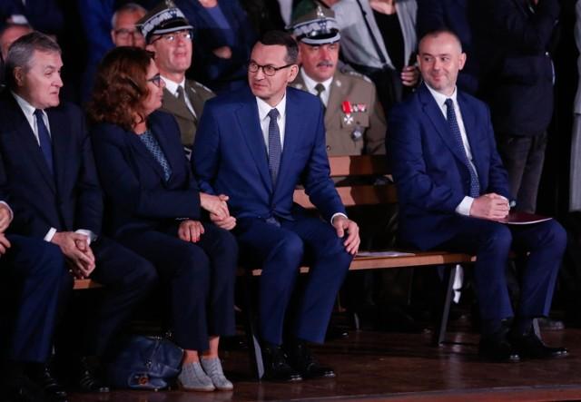 Wicemarszałek Sejmu Małgorzata Kidawa-Błońska i premier Mateusz Morawiecki