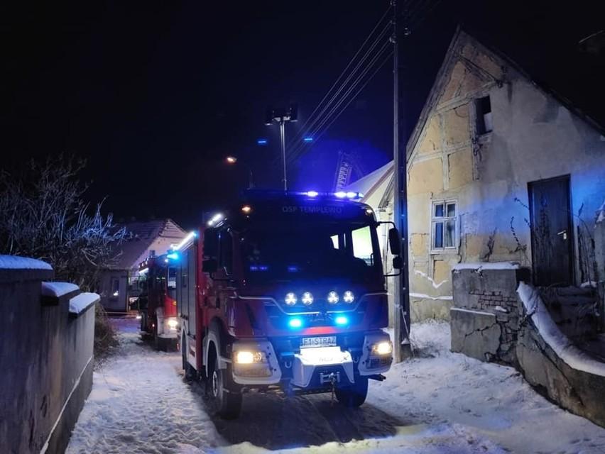 W akcji brało udział kilka zastępów straży pożarnej.