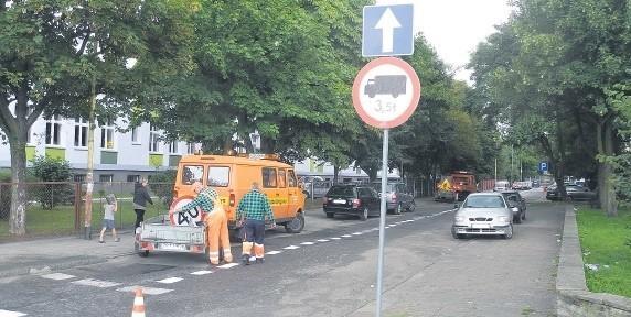 Kierowcy muszą przyzwyczaić się do tego, że jeździ się od ulicy Sienkiewicza do Konopnickiej. Odwrotnie już nie.