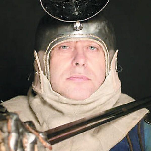 Jan Łuczak: - Wygrzebywałem z ziemi skorupy prastarych naczyń, pomagałem w oficjalnych wykopaliskach archeologicznych w Biskupinie
