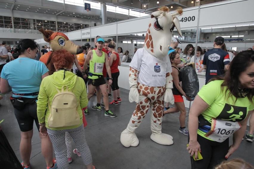Z taką kartką na trasę półmaratonu ruszyło ponad dwa tysiące...