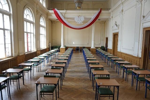 Za sprawą koronawirusa część maturzystów już wie, że nie napisze egzaminu dojrzałości.