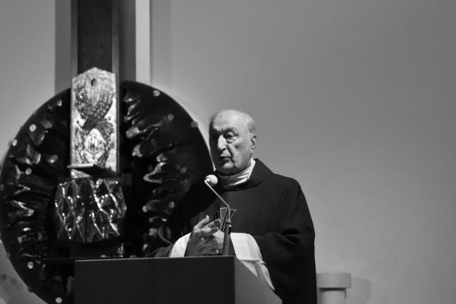 Ks. prałat Andrzej Kowalczyk zmarł w sobotę, 20.02.2021 r.