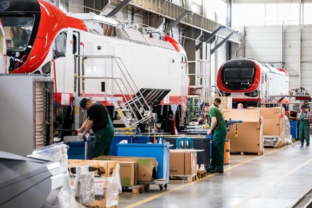 W halach bydgoskiego przedsiębiorstwa produkowane są pojazdy z aktualnych kontraktów. W ostatnim czasie pozyskuje kolejne zamówienia i zdobywa następne, zagraniczne rynki.