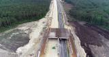 Uwaga, utrudnienia na budowanym odcinku autostrady A1! Ogromne dźwigi znowu będą układały belki na podporach wiaduktu