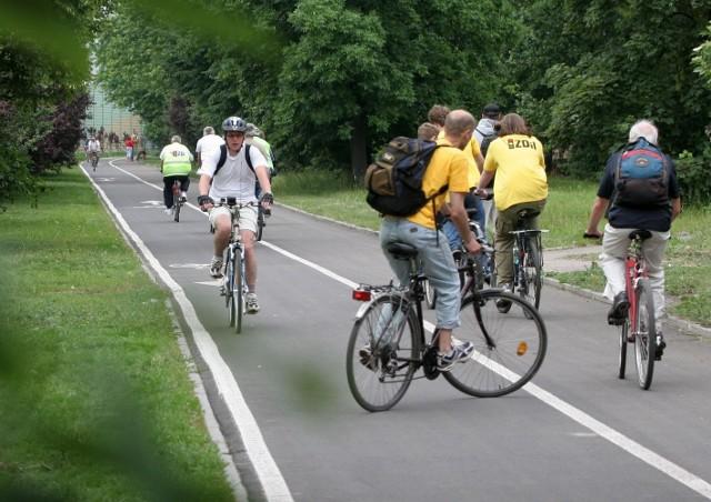W Łodzi rowery to nie więcej niż 3 procent ruchu, a ścieżki i tak wydają się za ciasne