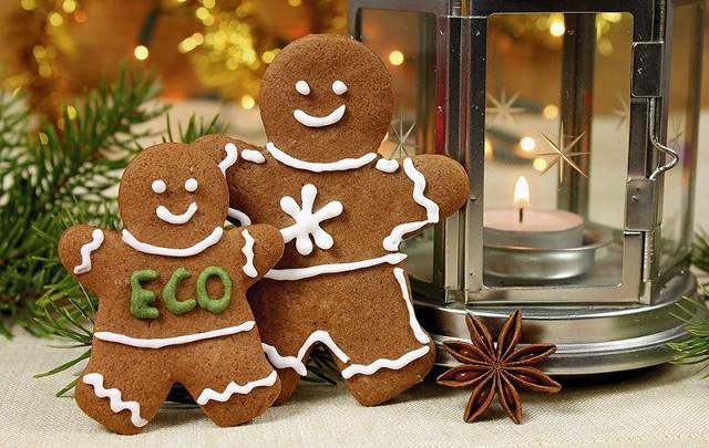 Świąteczne ozdoby w stylu eko wykonane z naturalnych materiałów