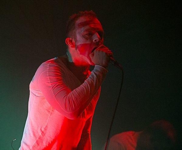 Piotr Rogucki to lider zespołu Coma i autor poruszających fanów tekstów
