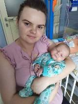 Kordianek przed urodzeniem połknął swoją pierwszą kupkę. Konsekwencje były straszne, uratowało go sztuczne płucoserce w Matce Polce