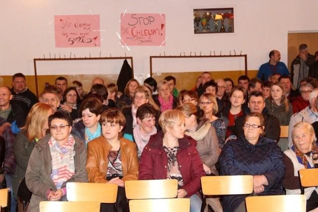 Mieszkańcy sprzeciwiają się budowie chlewni w Janiewicach