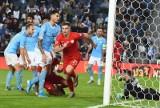 Krzysztof Piątek będzie walczył ze Zlatanem Ibrahimoviciem. Okazja już w środę