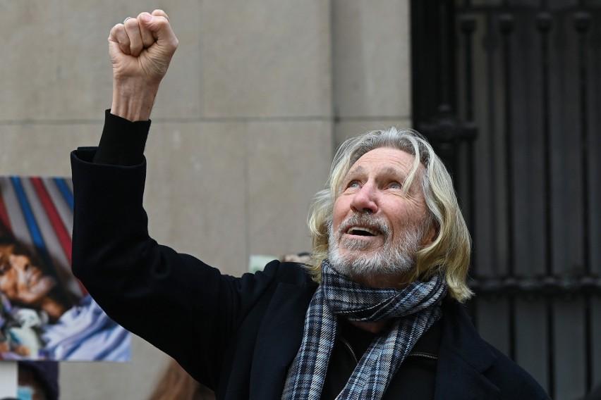 Roger Waters odrzucił propozycję ogromnych pieniędzy od twórcy Facebooka, mówiąc: Pieprz się!