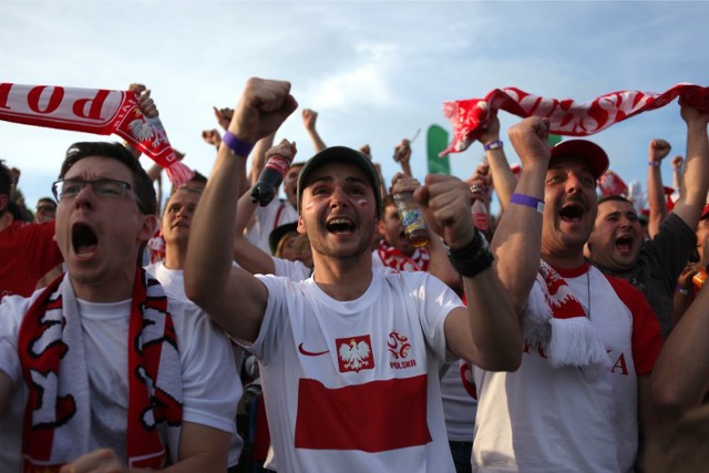 W Krakowie wiele miejsc będzie organizować strefę kibica, gdzie obejrzymy mecze polskiej reprezentacji